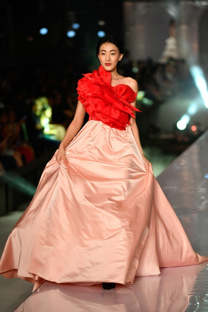 Vogue india lakme fashion week