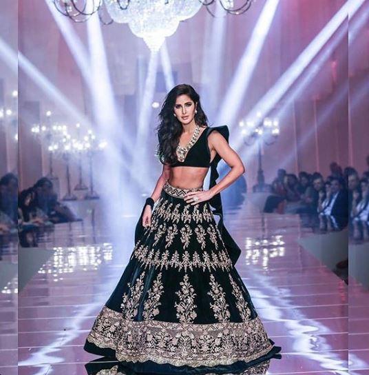 katrina kaif risque blouse lakme fashion week