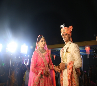 Anup & Neelam